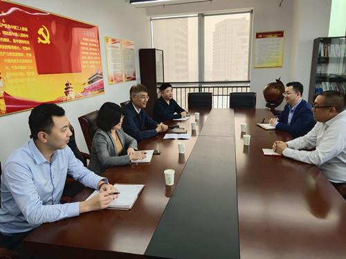 市司法局行政应诉处与华政律师事务所座谈律师机关岗位锻炼和干部律所实训