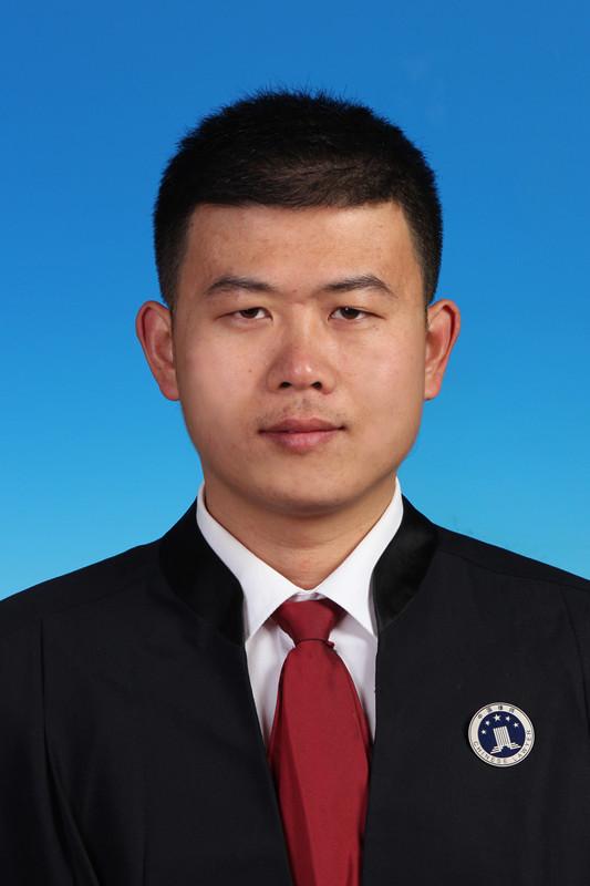 张春雨 律师